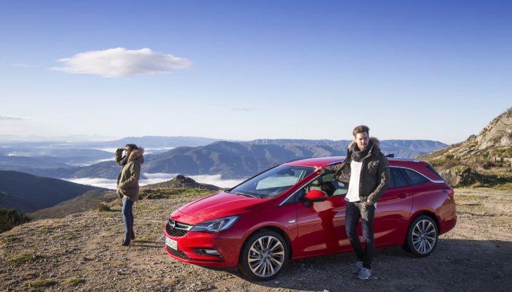 Nuova Opel Astra Sports Tourer prova su strada, informazioni e prezzi - Foto 30 di 40