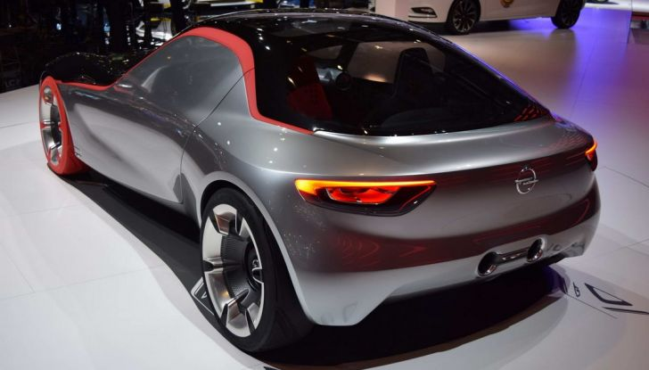 Opel GT Concept: a Ginevra la sportiva del futuro - Foto 4 di 20
