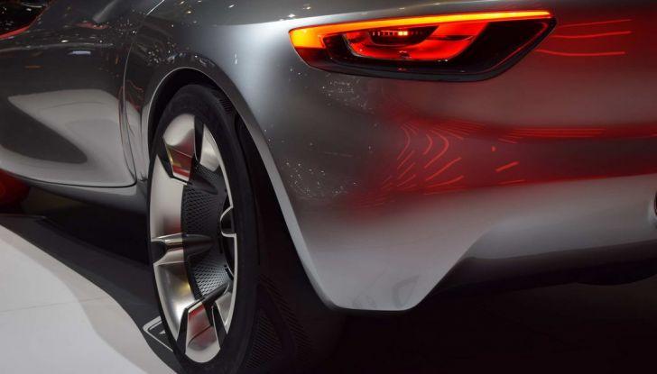 Opel GT Concept: a Ginevra la sportiva del futuro - Foto 16 di 20