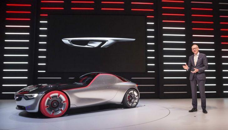 Opel GT Concept: a Ginevra la sportiva del futuro - Foto 5 di 20