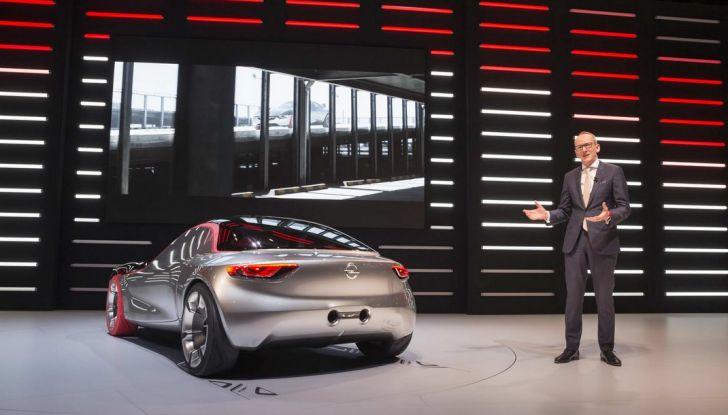 Opel GT Concept: a Ginevra la sportiva del futuro - Foto 7 di 20