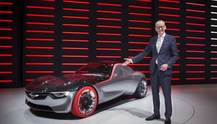 Opel GT Concept: a Ginevra la sportiva del futuro - Foto 10 di 20