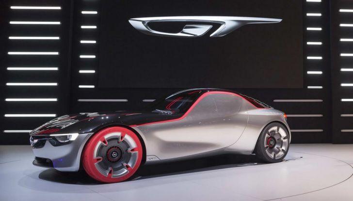 Opel GT Concept: a Ginevra la sportiva del futuro - Foto 12 di 20