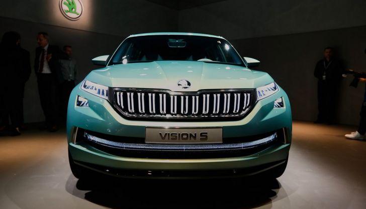 Skoda Vision S: ecco il concept del nuovo SUV - Foto 3 di 15