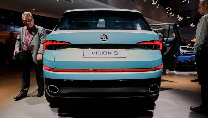 Skoda Vision S: ecco il concept del nuovo SUV - Foto 11 di 15