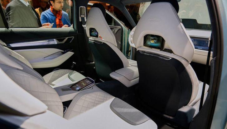 Skoda Vision S: ecco il concept del nuovo SUV - Foto 12 di 15