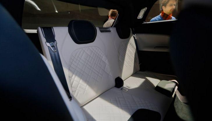 Skoda Vision S: ecco il concept del nuovo SUV - Foto 13 di 15