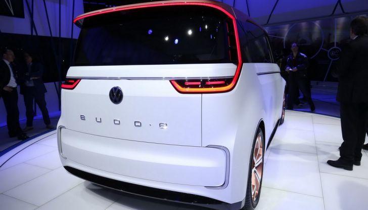 A volte ritornano: BUDD-e, il van di Volkswagen per l'hippie 2.0 - Foto 12 di 14