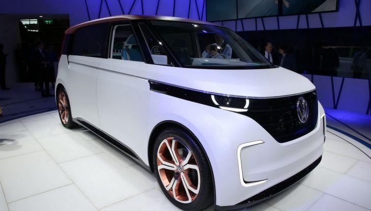 A volte ritornano: BUDD-e, il van di Volkswagen per l'hippie 2.0 - Foto 9 di 14