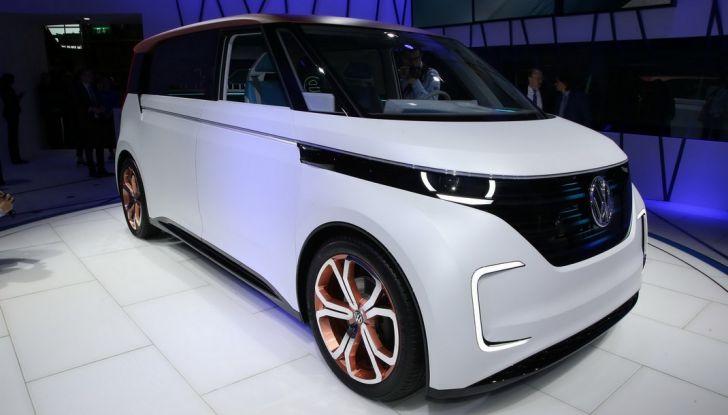 A volte ritornano: BUDD-e, il van di Volkswagen per l'hippie 2.0 - Foto 1 di 14