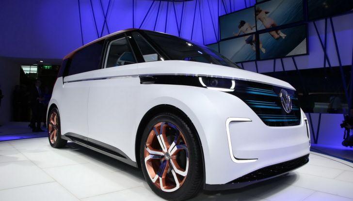 A volte ritornano: BUDD-e, il van di Volkswagen per l'hippie 2.0 - Foto 5 di 14