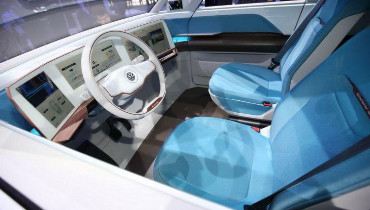 A volte ritornano: BUDD-e, il van di Volkswagen per l'hippie 2.0 - Foto 8 di 14