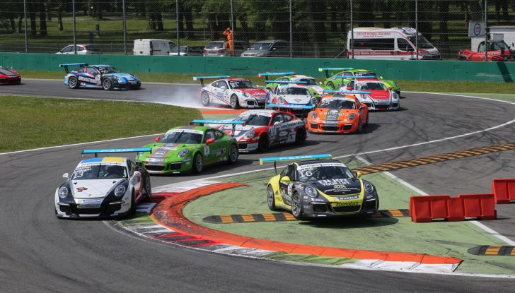 Matteo Cairoli mette a segno una doppietta a Monza nella Carrera Cup Italia - Foto 1 di 8