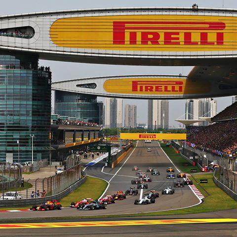 F1 2016, GP del Brasile: Hamilton trionfa nel diluvio, Vettel quinto - Foto 25 di 41