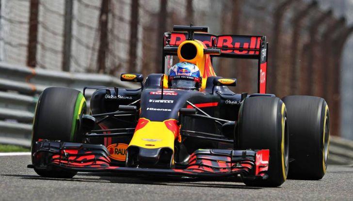 F1 2016, GP del Brasile: Hamilton trionfa nel diluvio, Vettel quinto - Foto 26 di 41