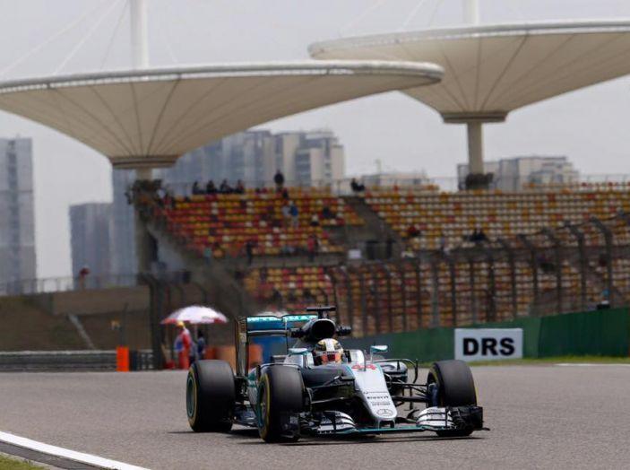 F1 2016, GP del Brasile: Hamilton trionfa nel diluvio, Vettel quinto - Foto 28 di 41