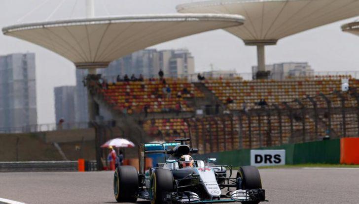 F1 2016, GP del Brasile: Hamilton trionfa nel diluvio, Vettel quinto - Foto 29 di 41
