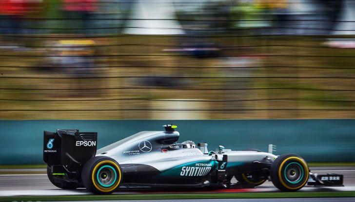F1 2016, GP del Brasile: Hamilton trionfa nel diluvio, Vettel quinto - Foto 40 di 41