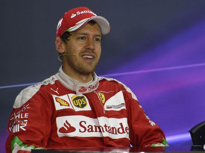F1 2016, GP del Brasile: Hamilton trionfa nel diluvio, Vettel quinto - Foto 18 di 41