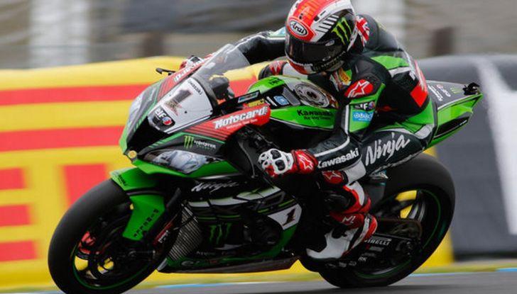 SBK Imola: La Ducati di Chaz Davies domina il GP d'italia - Foto 2 di 2