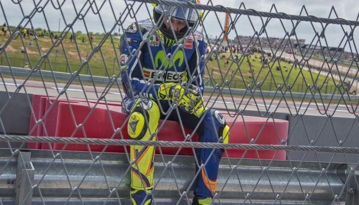 Valentino Rossi, frattura tibia e perone in allenamento: stagione finita - Foto 14 di 14