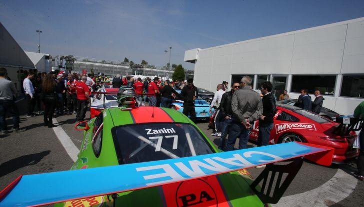 Matteo Cairoli mette a segno una doppietta a Monza nella Carrera Cup Italia - Foto 6 di 8