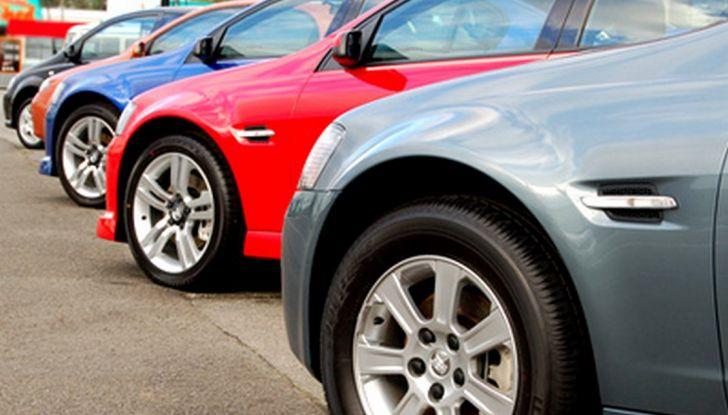 Il passaggio di proprietà auto: come si fa e quanto costa - Foto 3 di 6