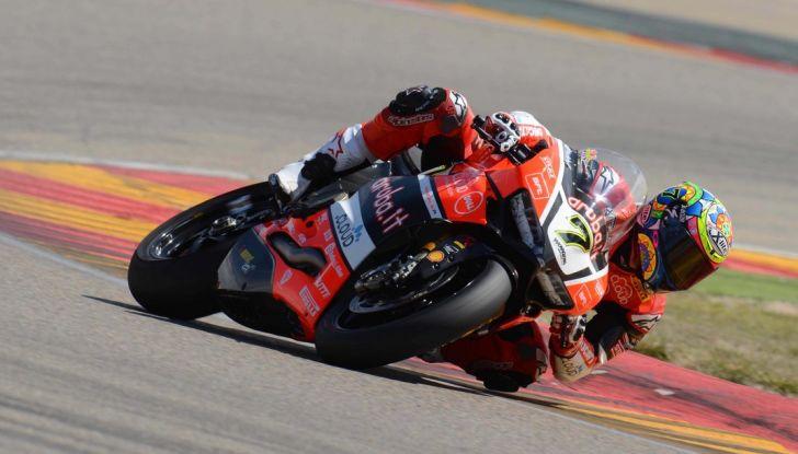 SBK Imola: La Ducati di Chaz Davies domina il GP d'italia - Foto 1 di 2