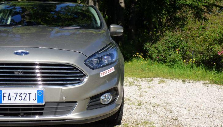 Ford S-Max TDCi 2.0 180 CV, prova su strada, dotazioni di serie e prezzi (11)