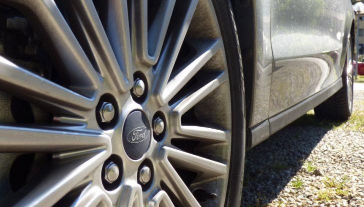 Ford S-Max TDCi 2.0 180 CV, prova su strada, dotazioni di serie e prezzi (16)