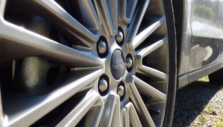 Ford S-Max TDCi 2.0 180 CV, prova su strada, dotazioni di serie e prezzi (17)