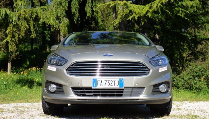Ford S-Max TDCi 2.0 180 CV, prova su strada, dotazioni di serie e prezzi (2)