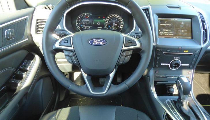 Ford S-Max TDCi 2.0 180 CV, prova su strada, dotazioni di serie e prezzi (25)