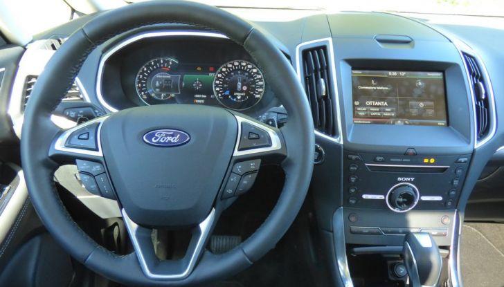 Ford S-Max TDCi 2.0 180 CV, prova su strada, dotazioni di serie e prezzi (26)