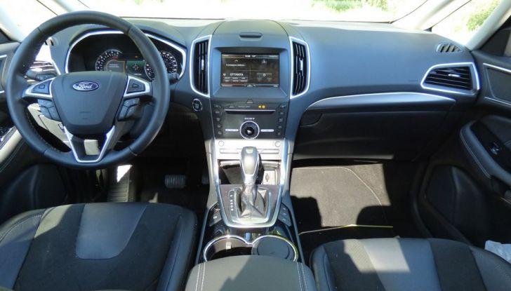 Ford S-Max TDCi 2.0 180 CV, prova su strada, dotazioni di serie e prezzi (27)