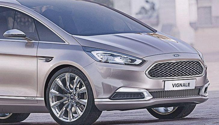 Ford S-Max Vignale, profilo anteriore.