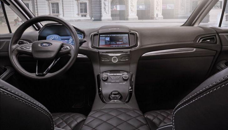 Ford S-Max Vignale, interno.
