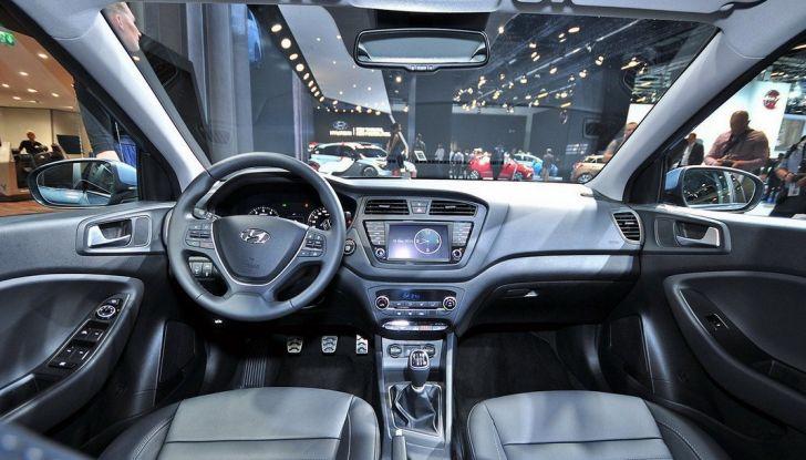 Hyundai i20 Active: si amplia la gamma suv della casa coreana - Foto 2 di 10