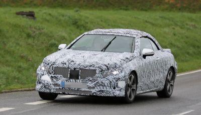 Mercedes Classe E Cabrio: prime immagini spia della scoperta tedesca