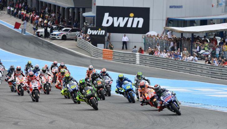Orari MotoGP, Jerez 2016: Diretta Sky e differita TV8, Marquez contro Yamaha - Foto 1 di 28