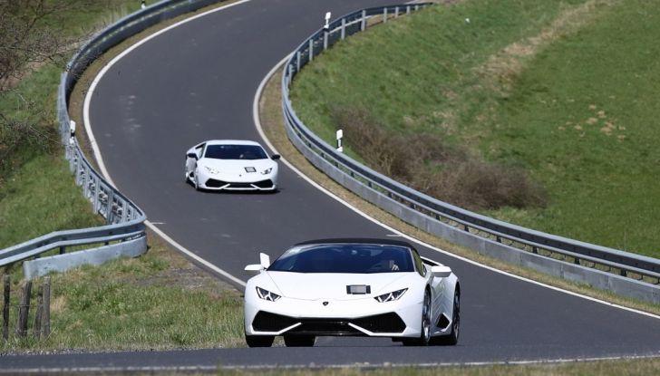 Nuova Lamborghini Huracan Superleggera, iniziano i primi test su strada - Foto 16 di 17