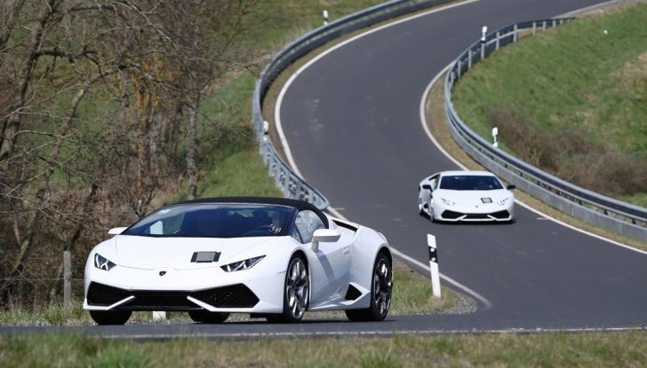 Nuova Lamborghini Huracan Superleggera, iniziano i primi test su strada - Foto 17 di 17