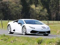 Nuova Lamborghini Huracan Superleggera, iniziano i primi test su strada