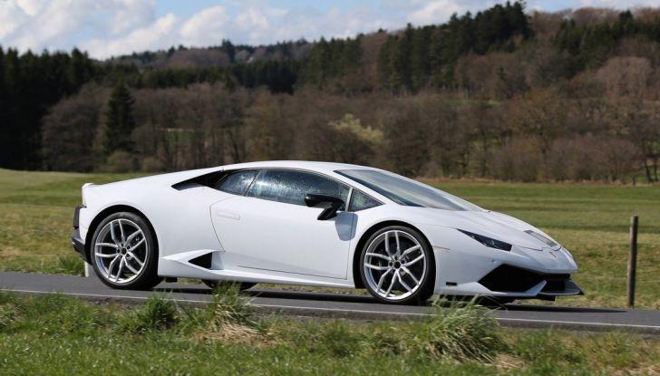 Nuova Lamborghini Huracan Superleggera, iniziano i primi test su strada - Foto 9 di 17