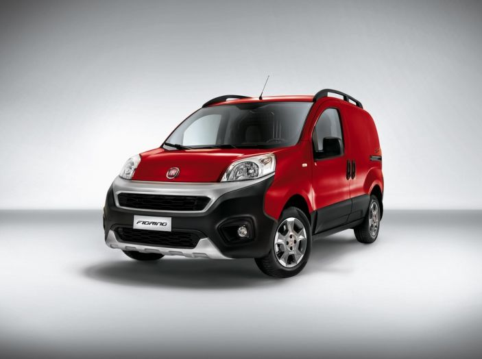 Nuovo Fiat Fiorino: motori Euro 6 e stile rinnovato per lo small van - Foto 3 di 9