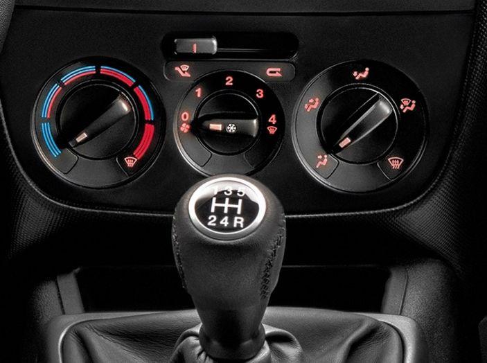 Nuovo Fiat Fiorino: motori Euro 6 e stile rinnovato per lo small van - Foto 8 di 9