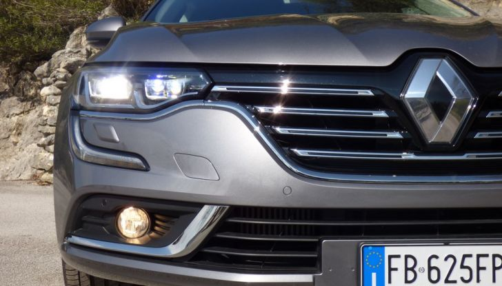 Renault Talisman, la prova su strada della berlina Renault - Foto 12 di 42