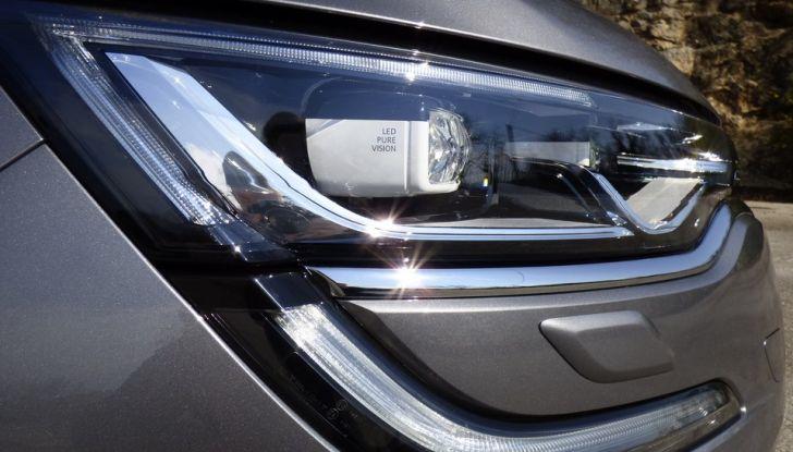 Renault Talisman, la prova su strada della berlina Renault - Foto 17 di 42