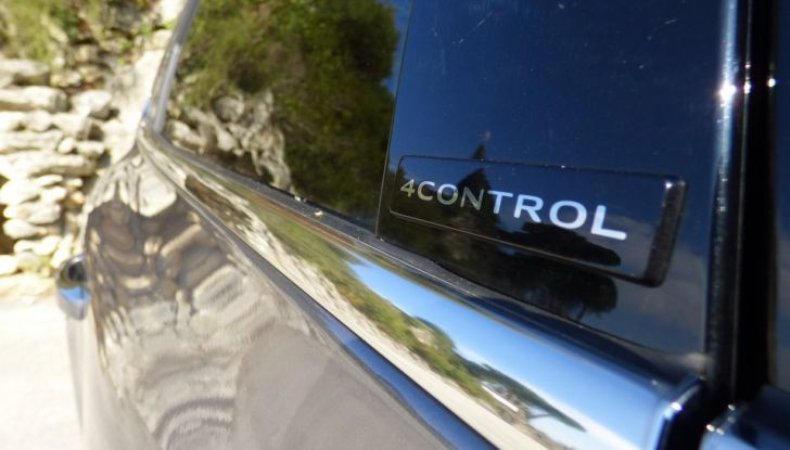 Renault Talisman, la prova su strada della berlina Renault - Foto 21 di 42
