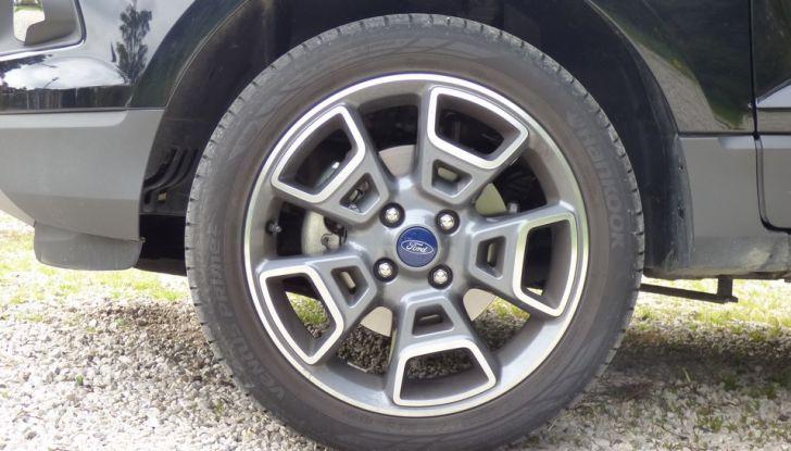 Ford EcoSport prova su strada, motorizzazioni e prezzi - Foto 14 di 41